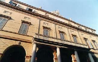 Teatro Comunale Luciano Pavarotti